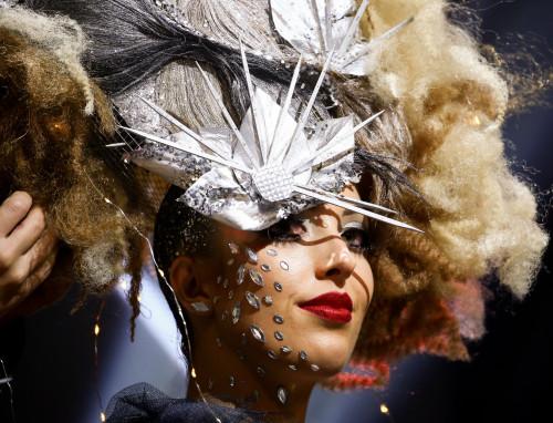 5-show-noir-elegance-par-coiffeur-en-france-jérémie-leconte